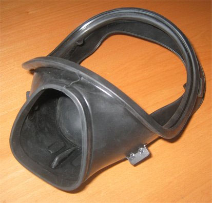 injection-mold-die-cast-mold-protective-mask-1