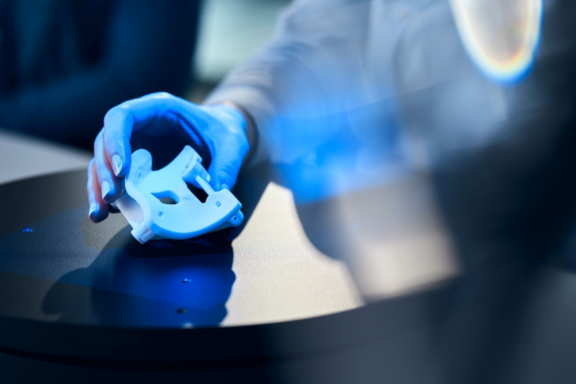 Blue Light 3D Scanner: Applications & Benefits